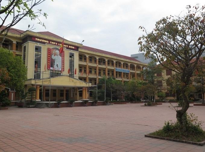 Đầu tư dự án Trường THPT Nguyễn Chí Thanh, xã Krông Nô, huyện Lắk