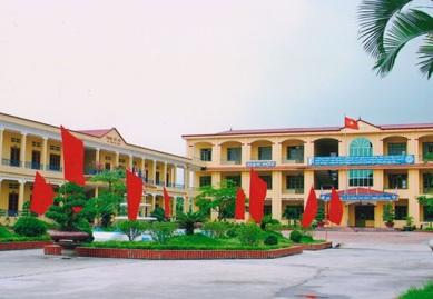 Đầu tư dự án Trường Trung học Phổ thông Hai Bà Trưng thị xã Buôn Hồ
