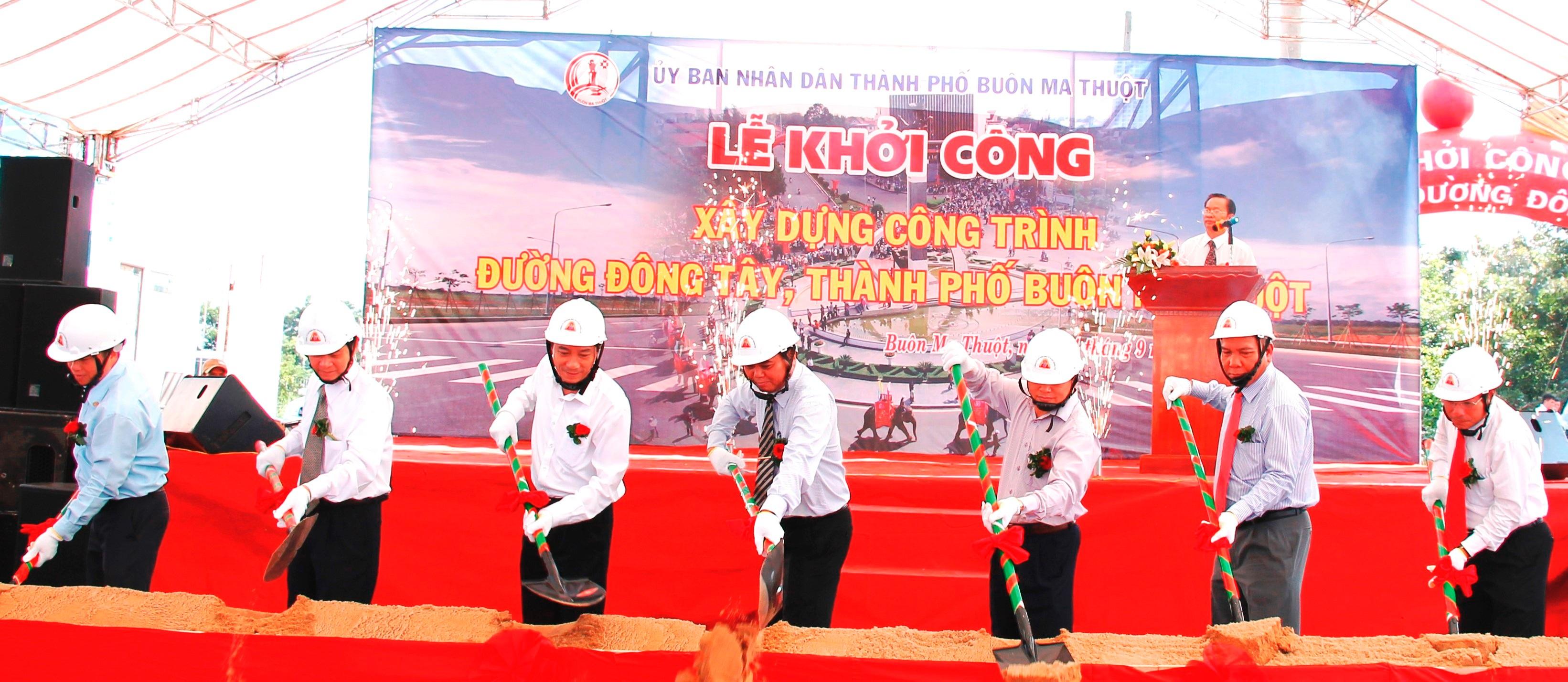 Xử lý kỹ thuật nút giao đường Trần Quý Cáp với đường Đông Tây thành phố Buôn Ma Thuột