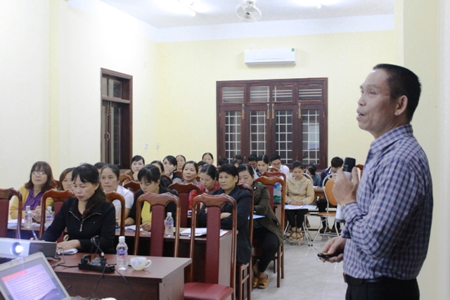 Tập huấn cho 27 đại lý thu Bảo hiểm xã hội, Bảo hiểm y tế tại huyện Ea H'leo
