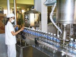 Truy thu thuế tài nguyên đối với các đơn vị sản xuất nước tinh lọc đóng chai, đóng hộp.