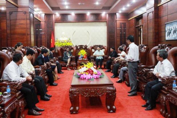 Đại sứ Nam Phi tại Việt Nam thăm và chào xã giao lãnh đạo tỉnh