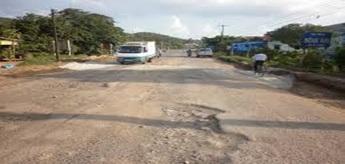 Phê duyệt kế hoạch lựa chọn nhà thầu sửa chữa đường tỉnh