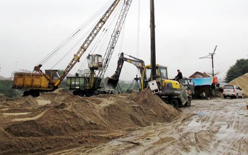 Tham mưu UBND tỉnh giải quyết việc thuê đất của Công ty Cổ phần Quản lý và Xây dựng đường bộ 26