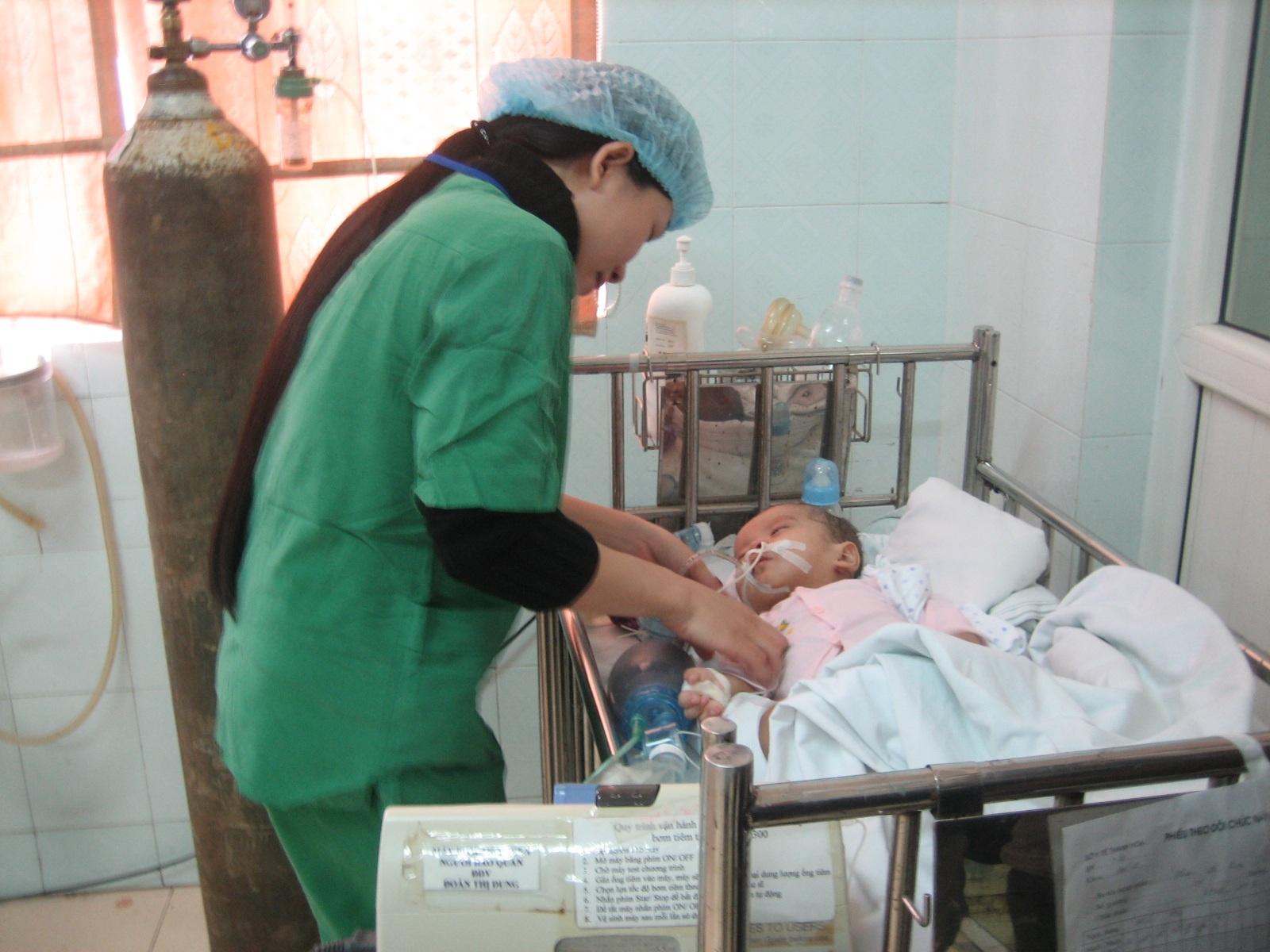 Phê duyệt kế hoạch đấu thầu Dự án: Mua vật tư – hóa chất cấp bách cho Bệnh viện Đa khoa thành phố Buôn Ma Thuột