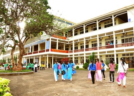 Phê duyệt Báo cáo kinh tế kỹ thuật xây dựng công trình Nhà thí nghiệm – thực hành thuộc Trường Cao đẳng Sư phạm Đắk Lắk.