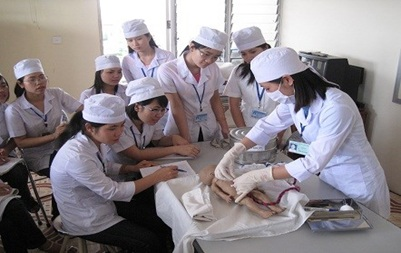 Đề nghị gia hạn thời gian tuyển sinh ngành Y đa khoa theo địa chỉ sử dụng học tại Đại học Tây Nguyên.