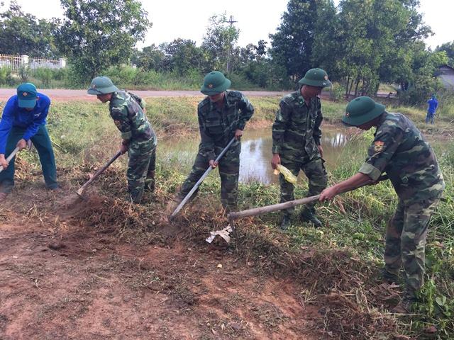 Các Đơn vị trong BĐBP tỉnh Đắk Lắk phối hợp tổ chức các hoạt động bảo vệ môi trường năm 2016