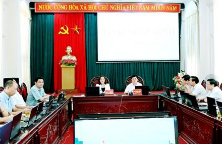 Giải quyết kiến nghị của địa phương tại Hội nghị trực tuyến của Chính phủ với các địa phương vào ngày 30/6/2016 và ngày 01/7/2016.