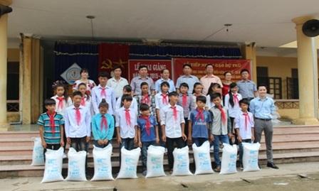 Hỗ trợ gạo cho học sinh theo Quyết định số 2392/QĐ-BTC