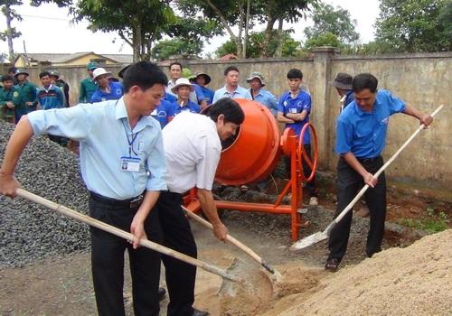 Quyết toán công trình Đường giao thông buôn Jut, xã Đắk Liêng, huyện Lắk