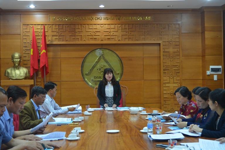 Ban Văn hóa – Xã hội, HĐND tỉnh họp thẩm tra các Tờ trình, dự thảo Nghị quyết trình Kỳ họp thứ Ba, HĐND tỉnh khóa IX.