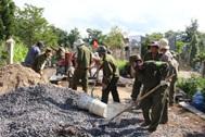 Phê duyệt Báo cáo kinh tế kỹ thuật đầu tư xây dựng Dự án Đường vào Tiểu đoàn 303/e584/Bộ Chỉ huy Quân sự tỉnh Đắk Lắk