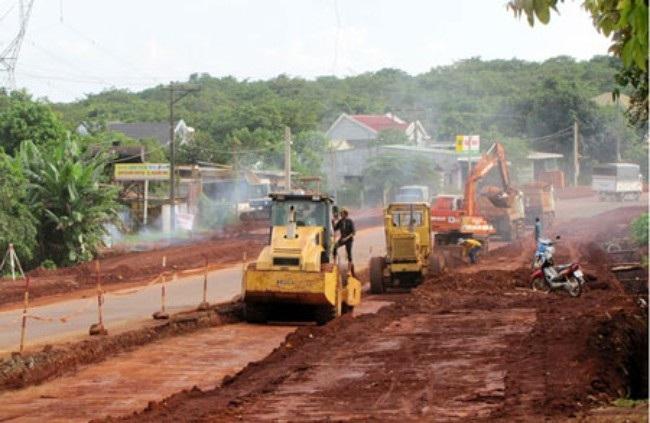 Dừng thi công dự án Đường giao thông từ xã Cư Drăm, huyện Krông Bông đi huyện Khánh Vĩnh, tỉnh Khánh Hòa.