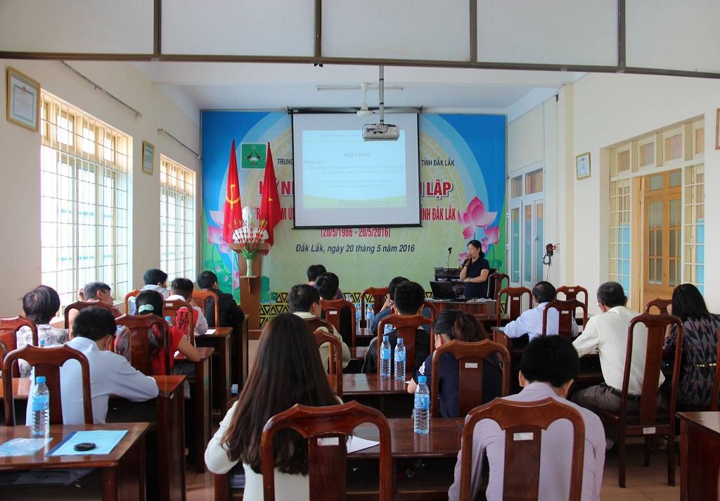 Trung tâm Ứng dụng Tiến bộ Khoa học và Công nghệ tỉnh Đắk Lắk hoàn thiện mô hình sản xuất nước uống I-ON