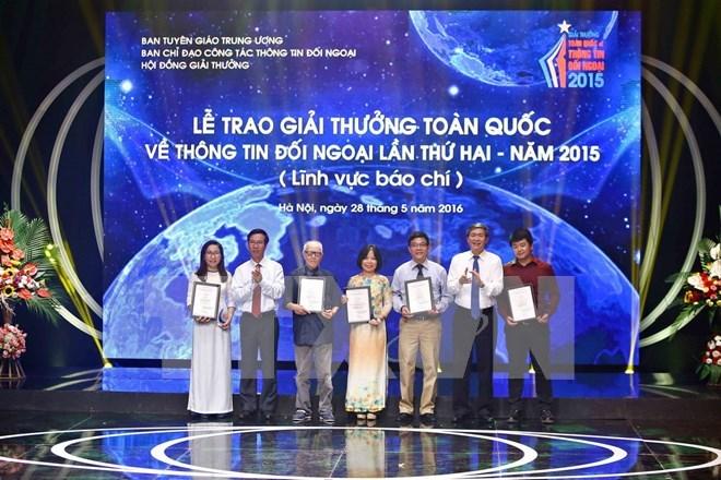 Hưởng ứng Giải thưởng toàn quốc về thông tin đối ngoại năm 2016