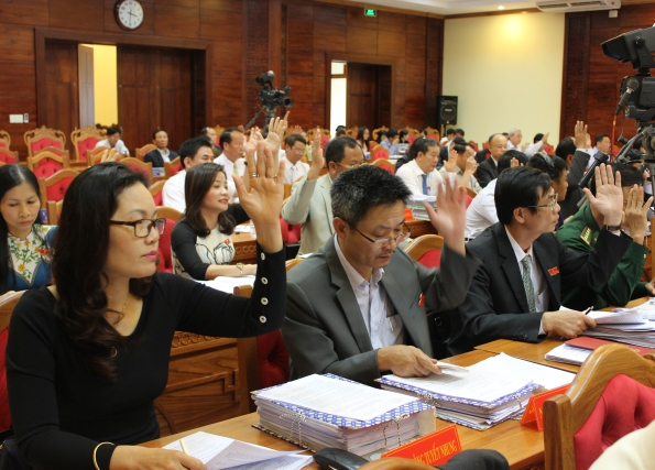 Bế mạc Kỳ họp III, HĐND tỉnh Đắk Lắk khóa IX