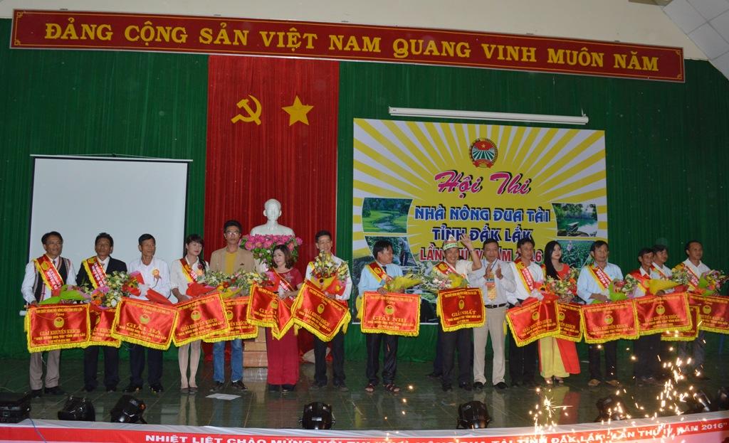 Huyện Krông Năng giành giải Nhất Hội thi Nhà nông đua tài tỉnh Đắk Lắk lần thứ IV.