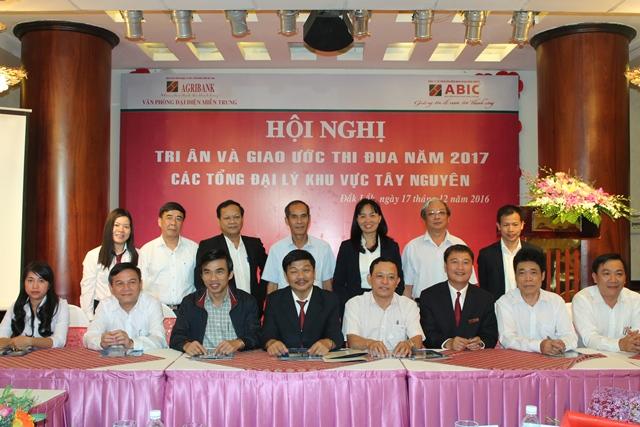 ABIC Đắk Lắk và các Tổng đại lý trong Khu vực Tây Nguyên, ký giao ước thi đua năm 2017.