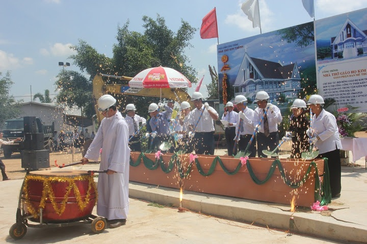 Xây dựng các hạng mục công trình tại Giáo họ Kim Thành, huyện Cư Kuin