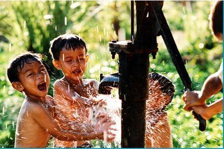 Phê duyệt kế hoạch lựa chọn nhà thầu công trình nước sinh hoạt tập trung tại buôn M'Ngoan, xã Ea Hồ, huyện Krông Năng