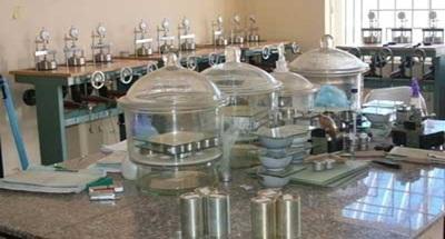 Phê duyệt danh mục trang thiết bị phòng thí nghiệm hỗ trợ cho các đơn vị trực thuộc Sở Nông nghiệp và Phát triển nông thôn