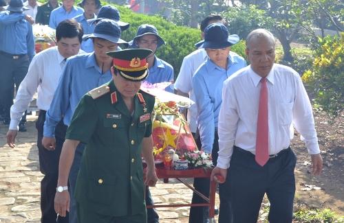 Báo cáo kết quả hợp tác với Campuchia năm 2016 và kế hoạch hợp tác năm 2017.