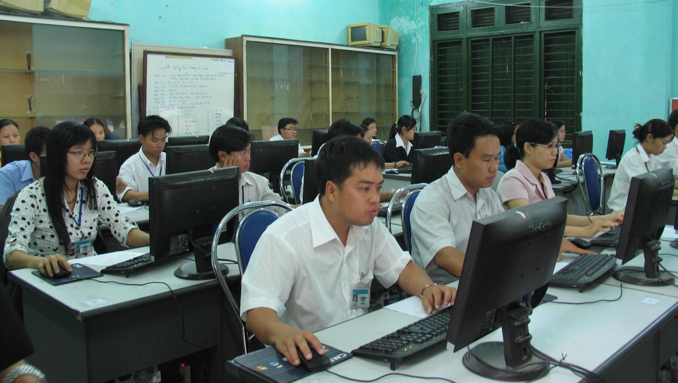 Tổ chức chấm phúc khảo bài thi kỳ thi tuyển công chức tỉnh năm 2016