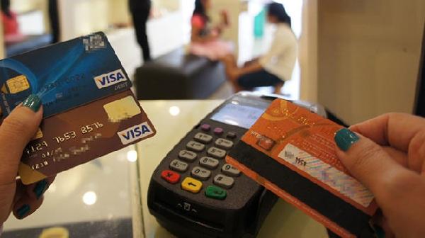 Triển khai Đề án phát triển thanh toán không dùng tiền mặt .