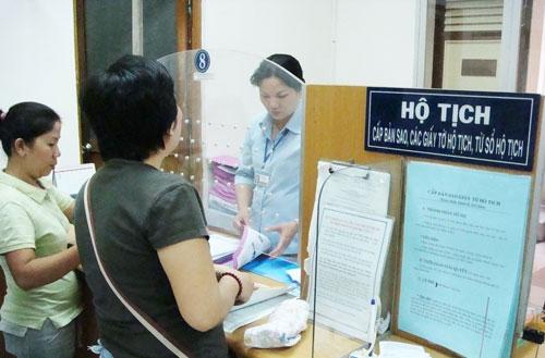 Ban hành Quy chế phối hợp giải quyết các trường hợp vướng mắc giữa giấy tờ hộ tịch và các giấy tờ, hồ sơ khác của công dân trên địa bàn tỉnh.
