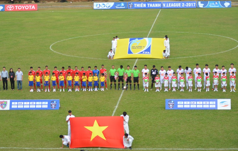 Vòng 3 giải Bóng đá Hạng Nhất quốc gia – Sứ Thiên Thanh năm 2017: CLB Đắk Lắk thua 0-2 trước CLB Viettel.