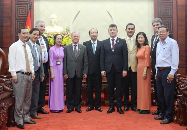 UBND tỉnh chào xã giao Đoàn Đại sứ Rumani tại Việt Nam