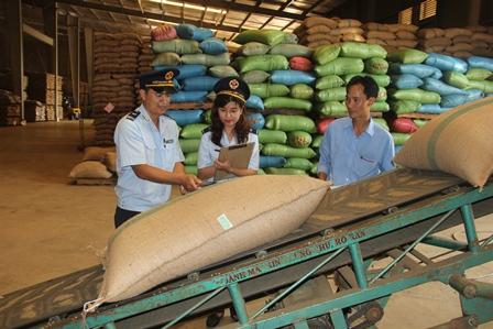 Hải quan Đắk Lắk: Tập trung thực hiện 4 chỉ tiêu tăng trưởng về số doanh nghiệp, tờ khai, kim ngạch và số thu.