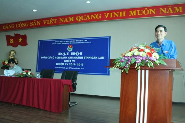 Đoàn viên, thanh niên Agribank Đắk Lắk là lực lượng nồng cốt trong thực hiện nhiệm vụ kinh doanh.