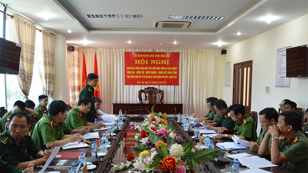 Ngành Công an, Quân sự, Biên phòng và Cảnh sát Phòng cháy chữa cháy giao ban công tác phối hợp