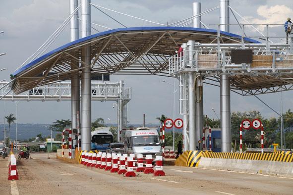 Báo cáo về đầu tư và khai thác các công trình giao thông theo hình thức BOT trên địa bàn tỉnh.