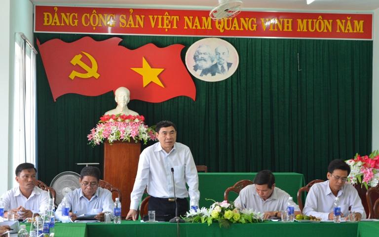 Huyện Lắk kiến nghị tỉnh cho chủ trương và bố trí nguồn vốn hỗ trợ địa phương quy hoạch tổng thể phát triển du lịch huyện.