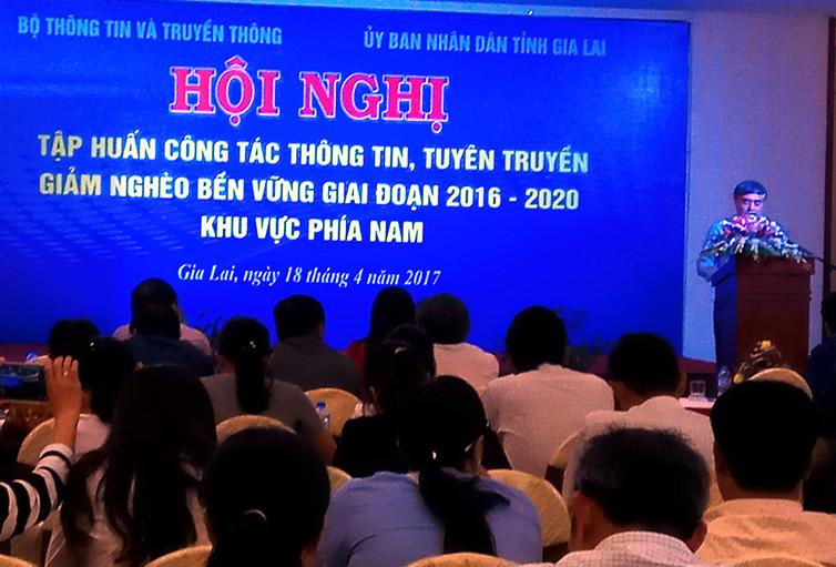 Hội nghị tập huấn công tác thông tin, tuyên truyền giảm nghèo giai đoạn 2016-2020 khu vực phía Nam
