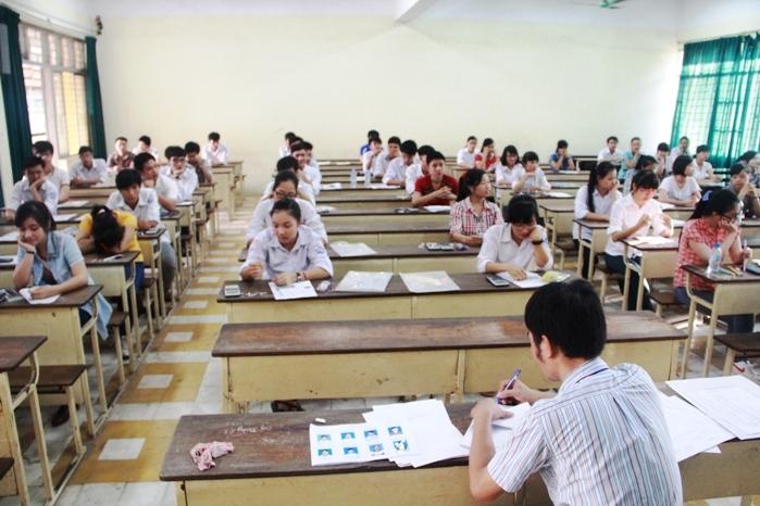 Tăng cường chỉ đạo Kỳ thi trung học phổ thông quốc gia và tuyển sinh đại học, cao đẳng.