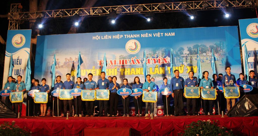 162 trại sinh tham dự Trại huấn luyện Nguyễn Chí Thanh lần thứ XV khu vực duyên hải Nam Trung Bộ và Tây Nguyên năm 2017.