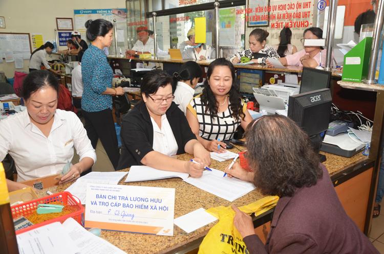 Nâng cao chất lượng chi trả trợ cấp xã hội qua hệ thống bưu điện.