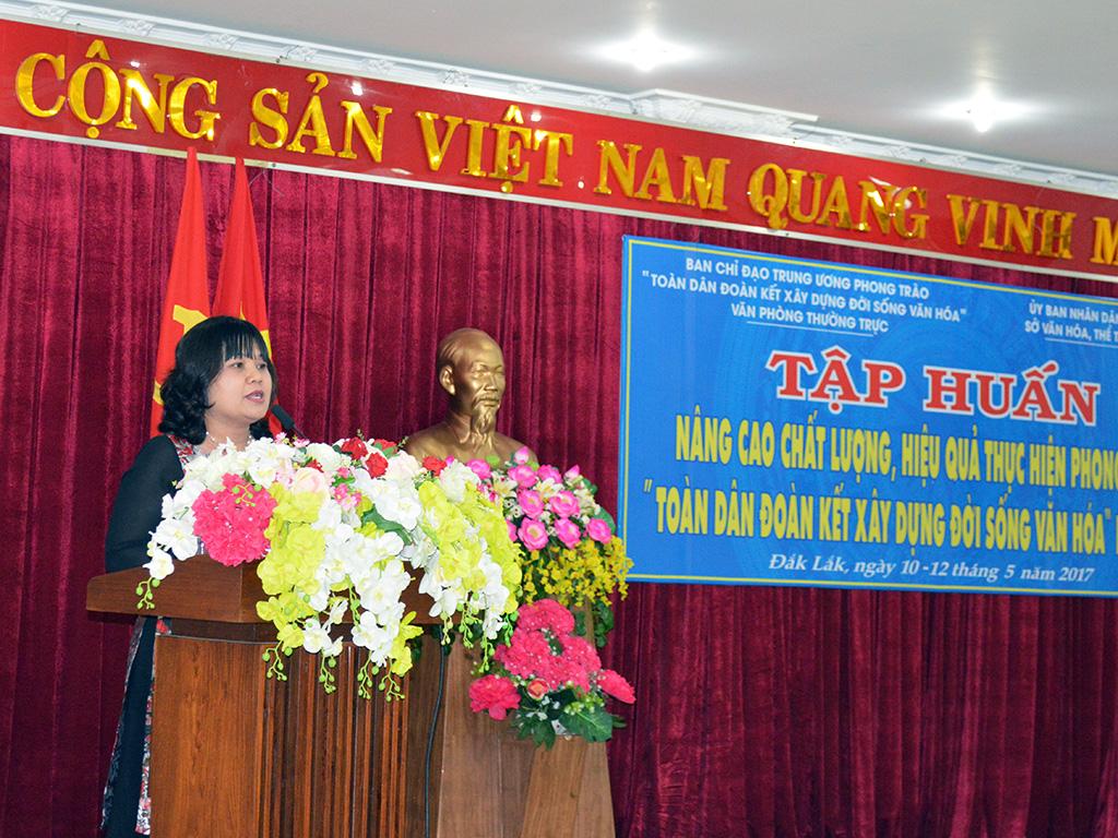 """400 đại biểu tham dự lớp tập huấn thực hiện phong trào """"Toàn dân đoàn kết xây dựng đời sống văn hóa""""."""