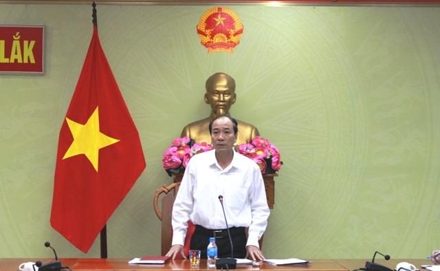 Họp xử lý vướng mắc của dự án hợp phần đền bù di dân tái định cư Hồ chứa nước Krông Pách Thượng.