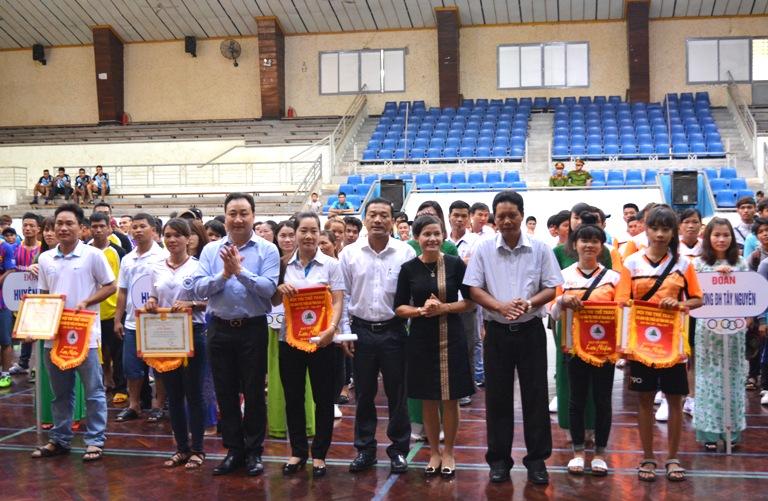 Hơn 620 VĐV tham dự Hội thi Thể thao các dân tộc thiểu số tỉnh lần thứ XIV năm 2017.
