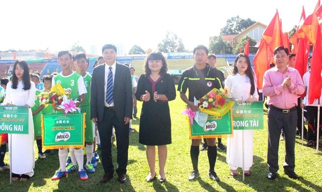 Khai mạc vòng loại Giải bóng đá Hội khỏe Phù Đổng học sinh Tiểu học và THCS toàn quốc Cúp Milo lần thứ XV năm 2017 - khu vực III