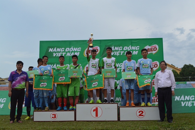 Bế mạc vòng loại Giải bóng đá Hội khỏe Phù Đổng học sinh Tiểu học và THCS toàn quốc Cúp Milo lần thứ XV năm 2017 - khu vực III.