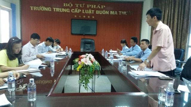 Đoàn công tác Bộ Tư pháp làm việc tại Trường Trung cấp Luật Buôn Ma Thuột