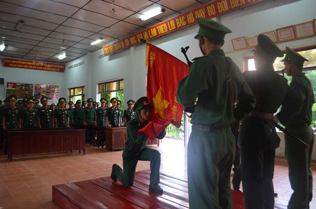 Bộ đội Biên phòng tỉnh Đắk Lắk tuyên thệ  chiến sĩ mới năm 2017