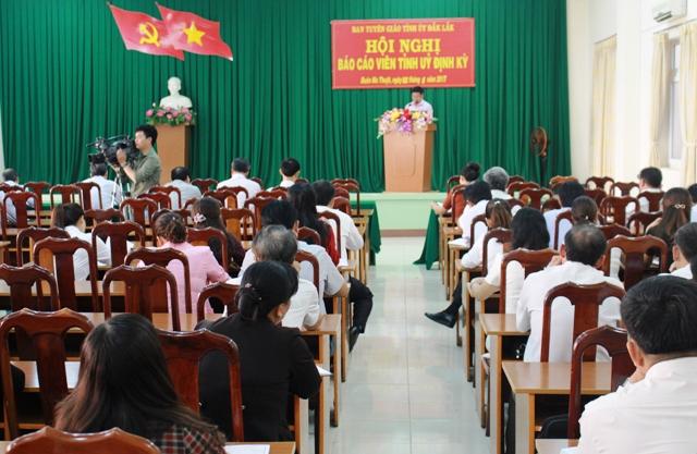 Hội nghị báo cáo viên Tỉnh ủy định kỳ tháng 6/2017