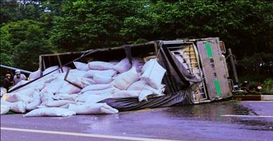 Tai nạn giao thông đường bộ Đắk Lắk tháng 05/2017 giảm về số vụ, số người chết tăng so với tháng 4/2017